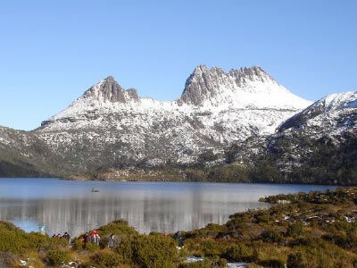 snow-capped-cradle-mountain-tasmania-400x300