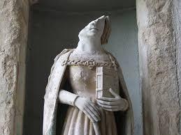 broken-statues