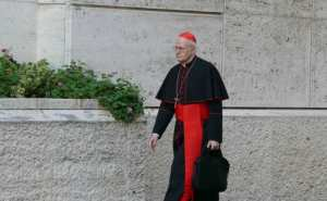 Cardinal Péter Erdő, General Relator of the Synod on the Family, walks into the Synod hall on the morning of October 6. (Patrick Craine / LifeSiteNews)