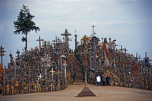 hill-crosses-01-500