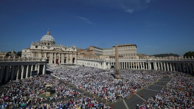 Tens of thousands attended in St Peter's Square