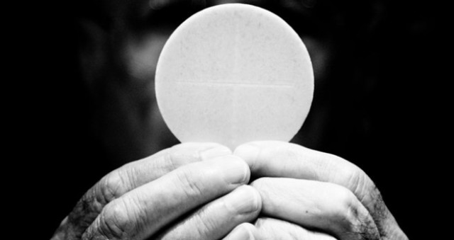 eucharist-660x350-1474611044