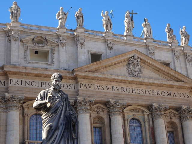 statue-of-st-peter-in-st-peters-square-at-the-vatican