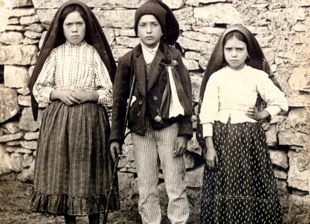 The three Fatima visionaries: Lucia, Francisco and Jacinta